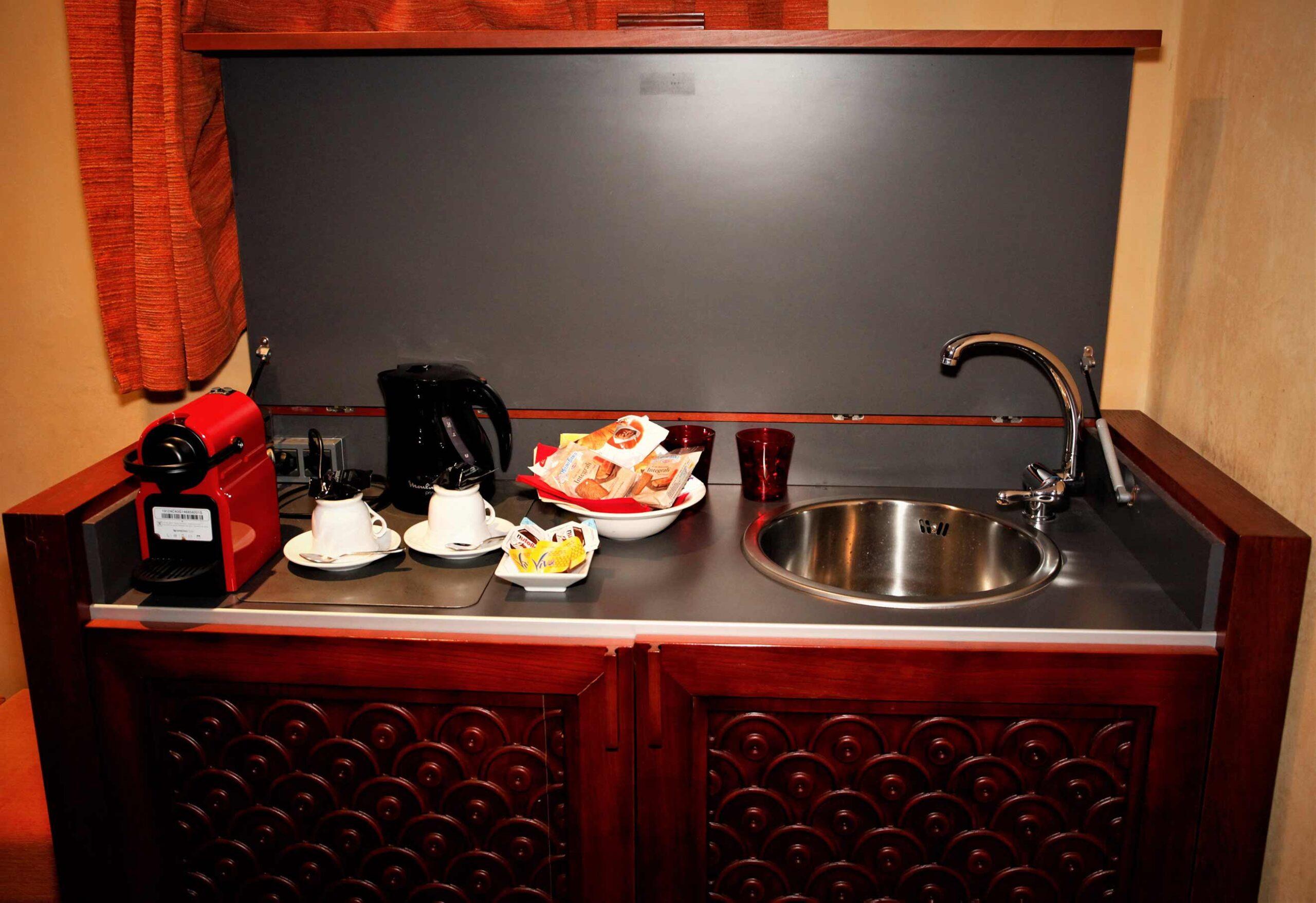 angolo-cucina-camera-spagnola2