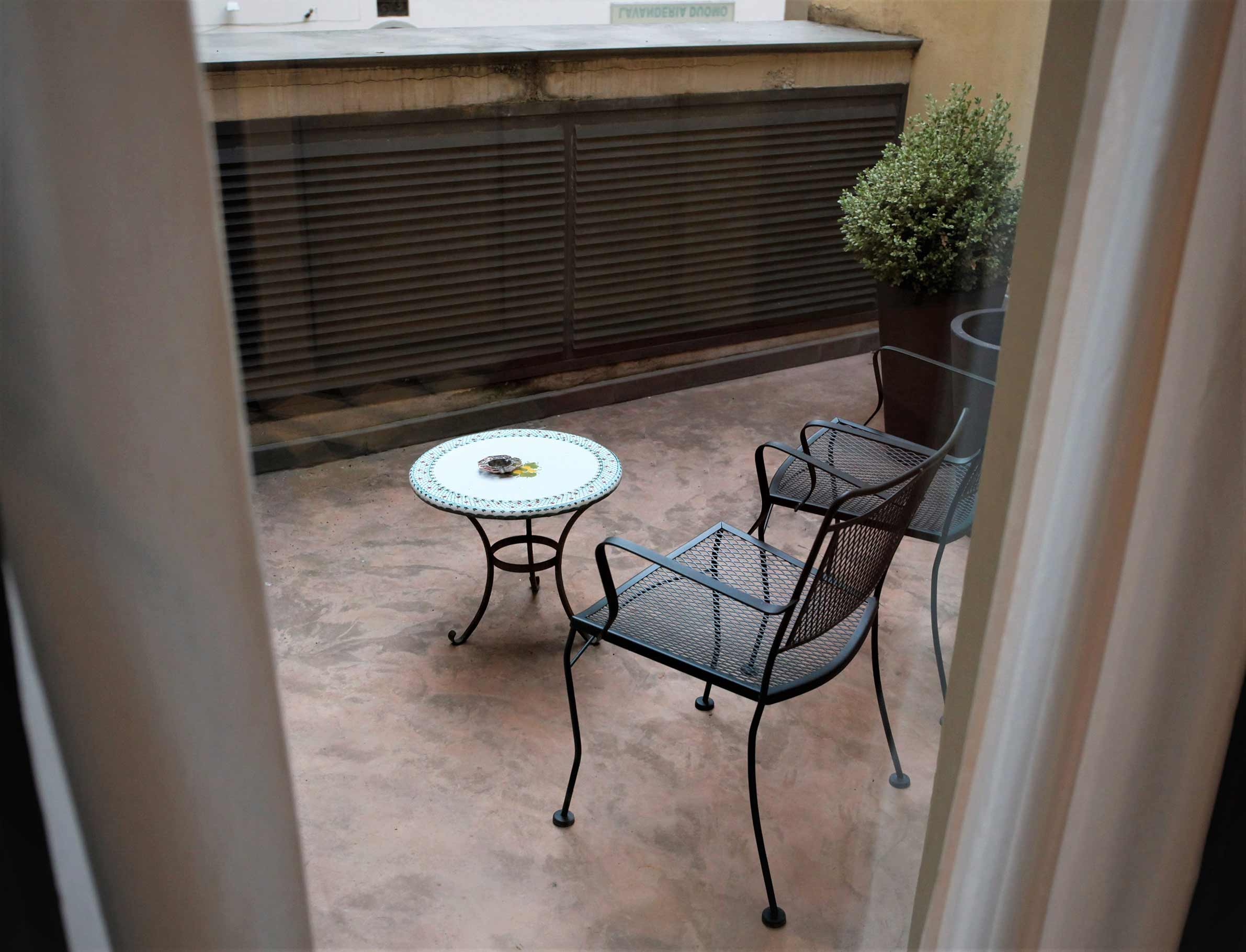 balcone-camera-francese